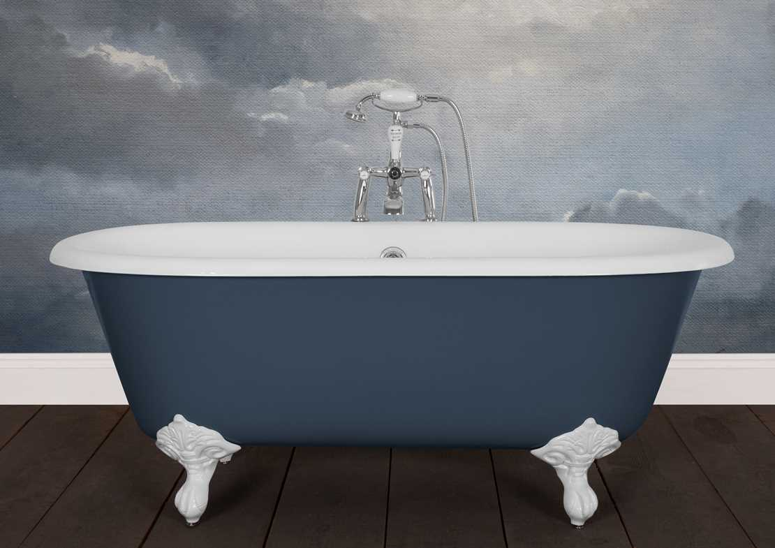 dryden small cast iron bath painted